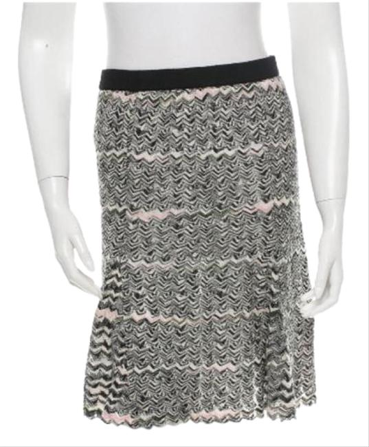 Preload https://img-static.tradesy.com/item/20565627/m-missoni-black-white-pink-skirt-size-4-s-27-0-1-650-650.jpg