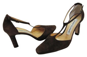 Anne Klein Suede Leather Size 7.50 M Leather Soles Very Good Condition Brown Pumps