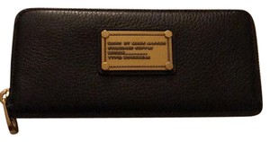 Marc by Marc Jacobs Marc by Marc Jacob class q zip wallet