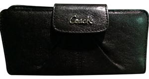 Coach Ashley LTH SLM ENV Leather Wallet
