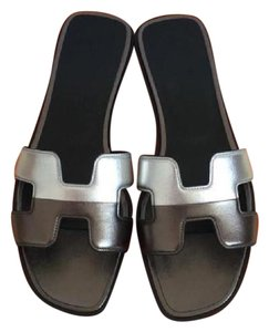 Herms silver Sandals