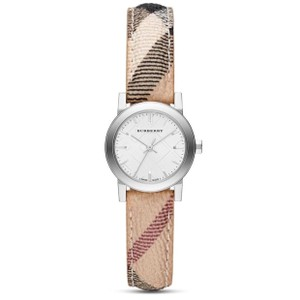 Burberry New Burberry haymarket check strap