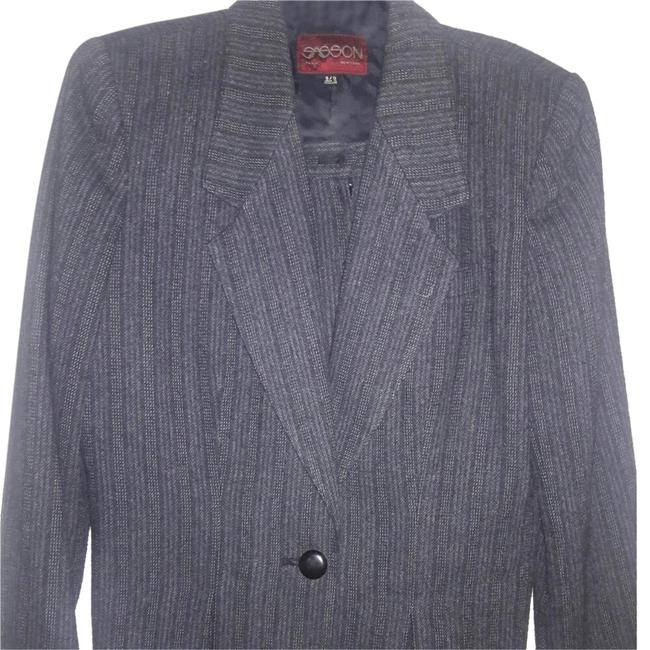 Preload https://item1.tradesy.com/images/sasson-jeans-vintage-womens-grey-pinstrip-skirt-suit-size-8-m-20567785-0-3.jpg?width=400&height=650