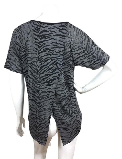 Preload https://img-static.tradesy.com/item/20567845/rebecca-taylor-black-gray-tiger-print-asymmetric-split-blouse-size-12-l-0-1-650-650.jpg