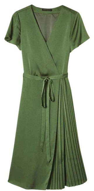 Item - Green Pleated Wrap Mid-length Work/Office Dress Size 8 (M)