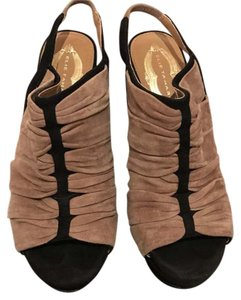 Elie Tahari two toned tan and black Platforms