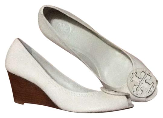 Tory Burch Leather 11 Peep Toe Tumbled Leather Wooden White Wedges
