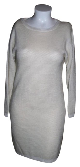 Preload https://item2.tradesy.com/images/anne-klein-white-ii-knit-long-sleeve-rayonlambswool-blendsize-m-short-workoffice-dress-size-8-m-20568656-0-1.jpg?width=400&height=650