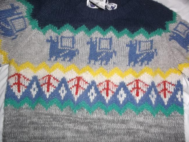 INDUSTRY OF ALL NATIONS Alpaca Hand Knit Bolivia Sweater
