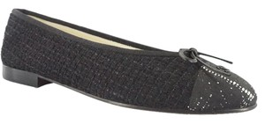 Chanel 6113019 Cap Toe Tweed Size 37.5 Black Flats