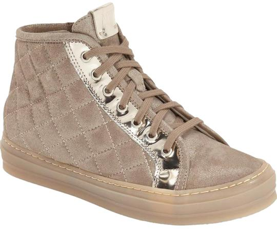 Preload https://item5.tradesy.com/images/attilio-giusti-leombruni-ginger-quilted-beige-suede-high-top-sneakers-lace-up-agl-sneakers-size-eu-3-20568899-0-1.jpg?width=440&height=440