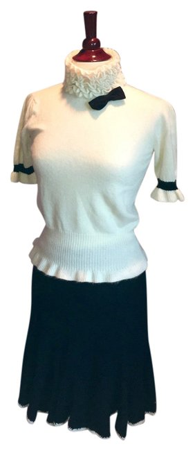 Item - Cream/ Black Two Piece Ruffled Top and Skirt Set Mid-length Short Casual Dress Size OS (one size)