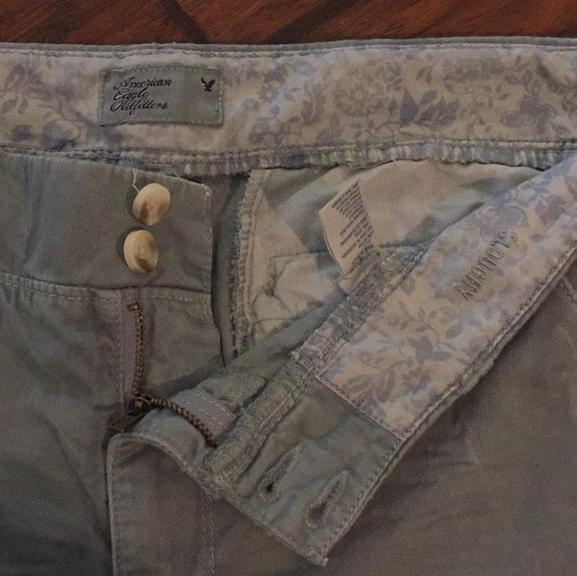 American Eagle Outfitters Capri/Cropped Pants pale blue