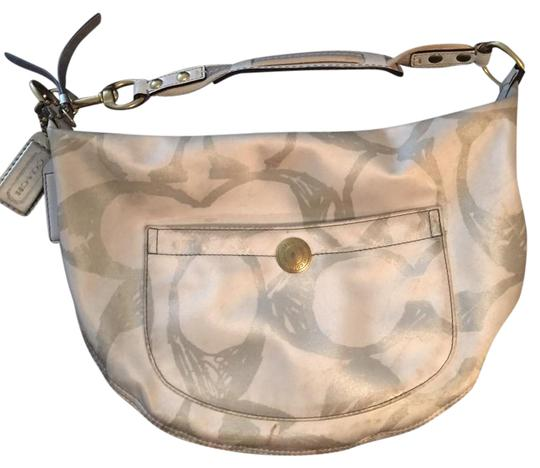 Preload https://item3.tradesy.com/images/coach-small-creamgray-hobo-bag-20569722-0-1.jpg?width=440&height=440