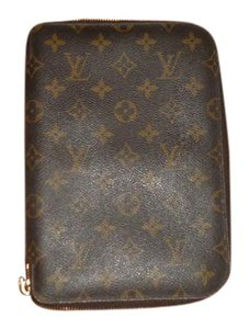Louis Vuitton R20106