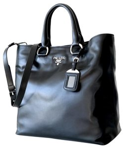 Prada Leather Vitello Daino Brown Tote in Black