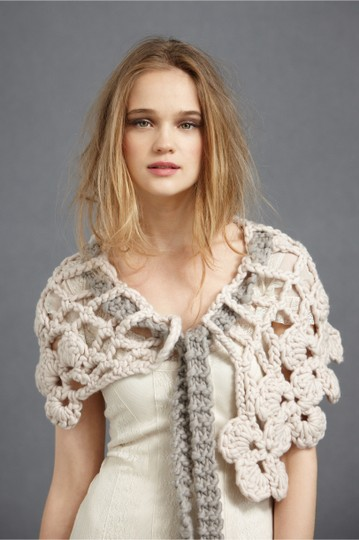 Preload https://item2.tradesy.com/images/anthropologie-blush-and-grey-stitched-labyrinth-collar-20570041-0-0.jpg?width=440&height=440