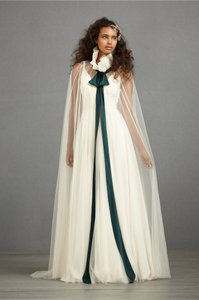 Anthropologie Ivory Conspicuous Cape