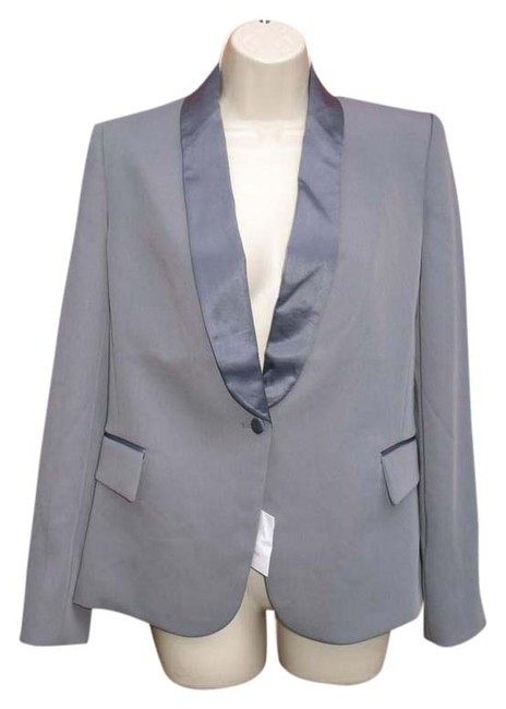 Preload https://img-static.tradesy.com/item/20570486/victoria-s-secret-gray-nwot-tuxedo-jacket-blazer-size-6-s-0-1-650-650.jpg