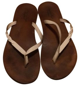 American Eagle Outfitters brown and white Sandals
