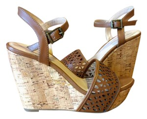 BCBGeneration Wedge Cork Summer Camel Wedges