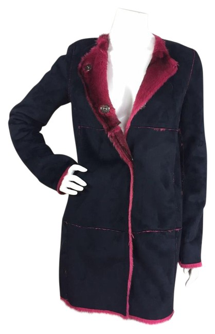 Preload https://item1.tradesy.com/images/save-the-queen-navy-blue-pink-faux-suede-snap-button-made-in-italy-size-6-s-20571195-0-1.jpg?width=400&height=650