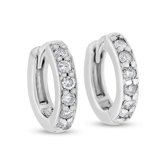 Preload https://img-static.tradesy.com/item/20571623/020-ct-natural-diamond-baby-mini-huggies-hoop-in-solid-14k-earrings-0-1-540-540.jpg