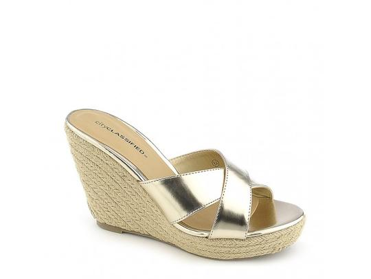 Preload https://img-static.tradesy.com/item/20571860/classified-gold-mixer-h-sandals-size-us-9-regular-m-b-0-0-540-540.jpg