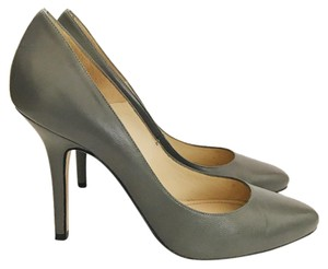 Charles David Gray Pumps