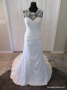 Kenneth Winston Be210 Wedding Dress