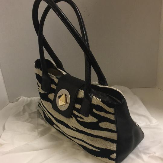Kate Spade Tote in winter white/black