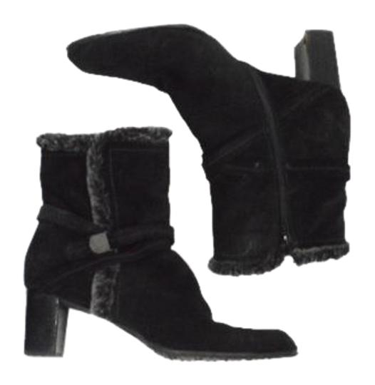 Preload https://img-static.tradesy.com/item/20572271/stuart-weitzman-black-fur-lined-bootsbooties-size-us-85-regular-m-b-0-1-540-540.jpg