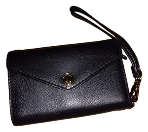 Michael Kors Leather Gold Hardware Soft Wristlet in black