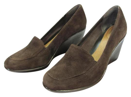 Preload https://img-static.tradesy.com/item/20572562/clarks-brown-m-suede-leather-padded-footbed-very-good-condition-wedges-size-us-8-regular-m-b-0-1-540-540.jpg