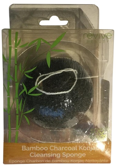 Preload https://img-static.tradesy.com/item/20572576/bamboo-charcoal-konjac-cleansing-sponge-new-0-1-540-540.jpg