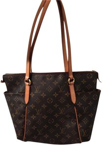 Louis Vuitton Monogram Canvas Brown Vuitton Totally Pm Shoulder Bag