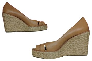 Banana Republic Leather Tan Wedges