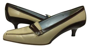 Tod's Leather Loafer Beige/Brown Pumps