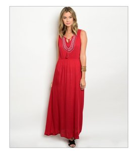 Sizes: 2 small, 2 medium, 2 large. Colors: olive, red Maxi Dress by Other