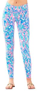 Lilly Pulitzer Tiki Pink Shake It Up Leggings