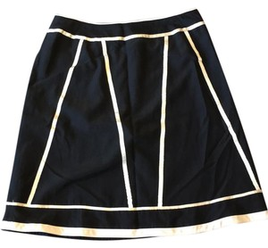 Ishyu Skirt black with ivory details