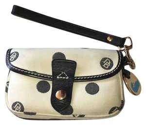 Dooney & Bourke Wristlet in Cream and Black