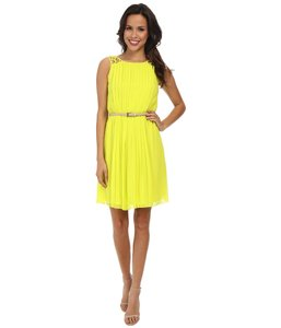 Jessica Simpson #pleated #yellow #sleeveles Dress
