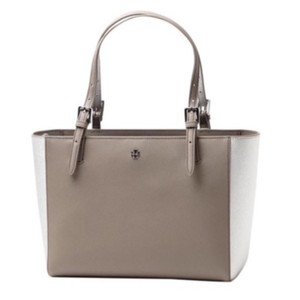 Tory Burch Tote in French Grey/Silver