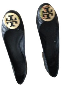 Tory Burch Quilted Gold Hardware Black Pumps