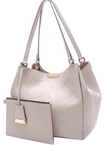 Burberry Tote in Pearl Gray