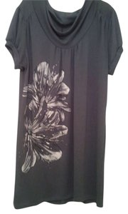 American City Wear Floral Short Sleeve Tunic
