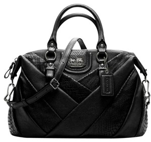 Coach Satchel in Black - leather