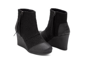 TOMS Blogger Favorite Rare Sold Out black Boots