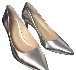 Banana Republic Silver Pumps